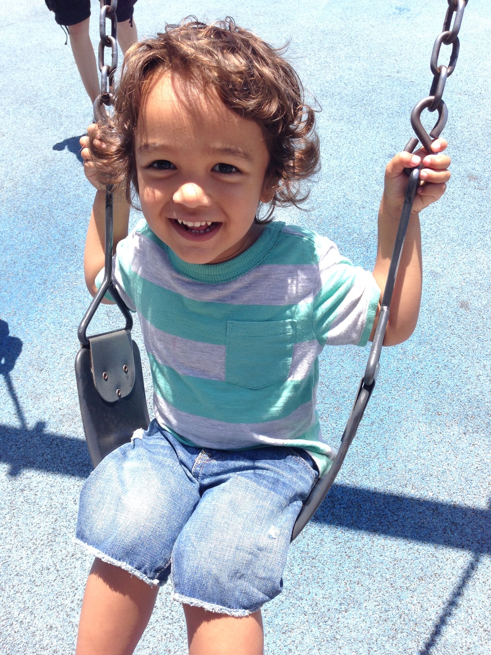 Kingston swinging