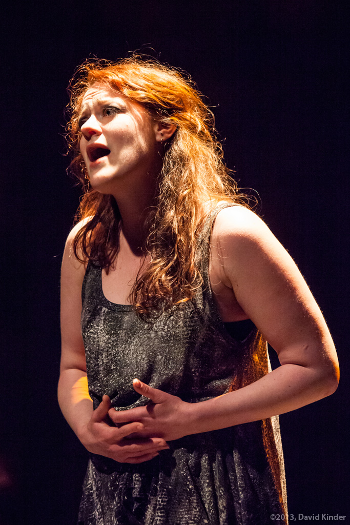 Jessica Tidd as Tess in Easy
