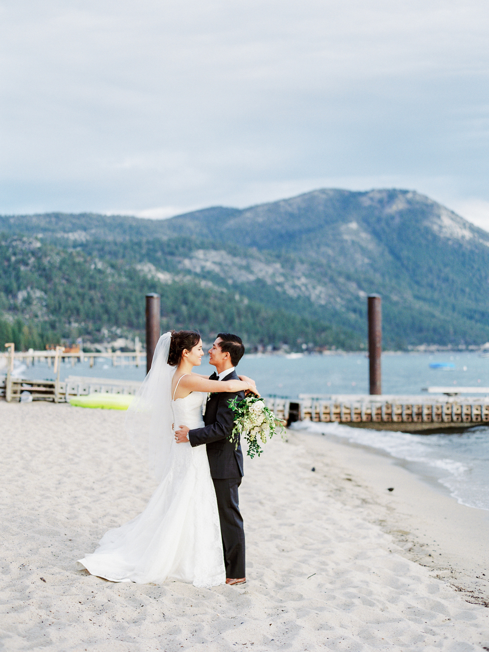 Lake tahoe wedding photographer at Hyatt Regency Lake Tahoe Resort