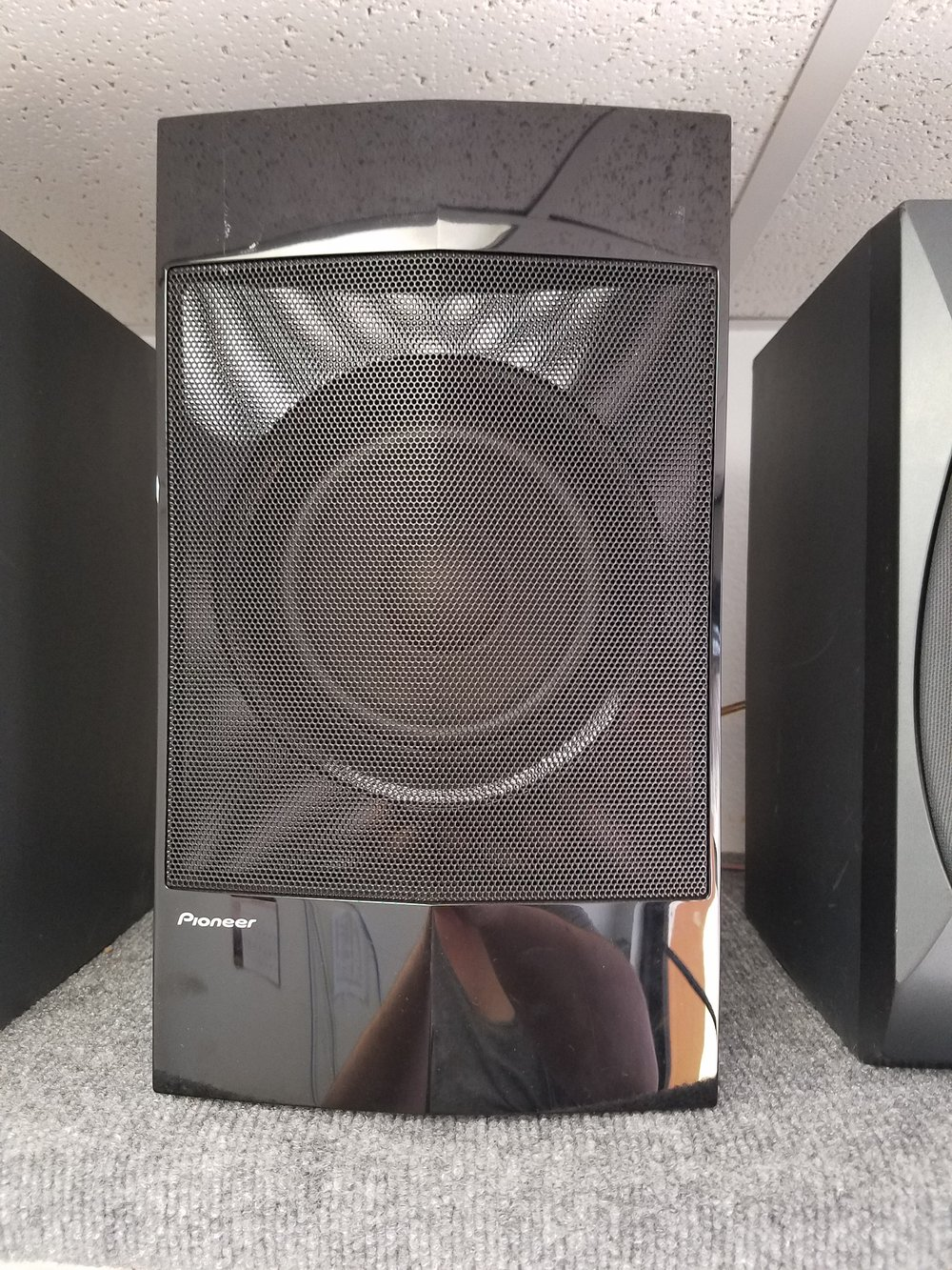 Pioneer Subwoofer - SMX-11364 - 65.00  Used