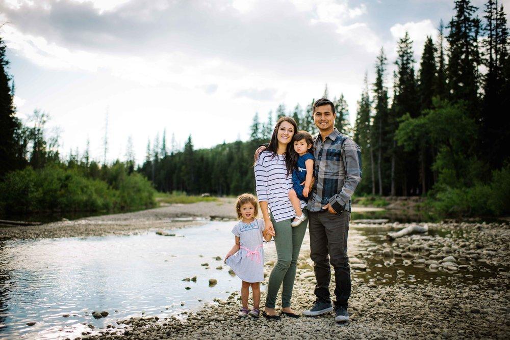 Calgary Canmore Banff Fernie Newborn Family Maternity Photography-106.jpg
