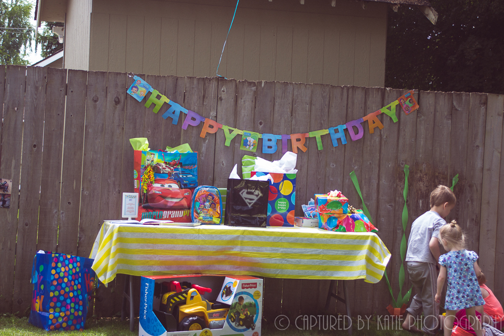 Gift Table By Captured By Katie Photography, Bonney Lake Photographer