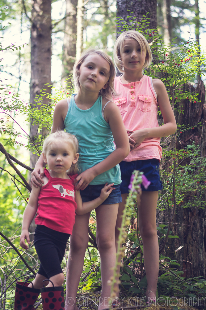 Sisters and A Cousin By Captured By Katie Photography, Bonney Lake Photographer
