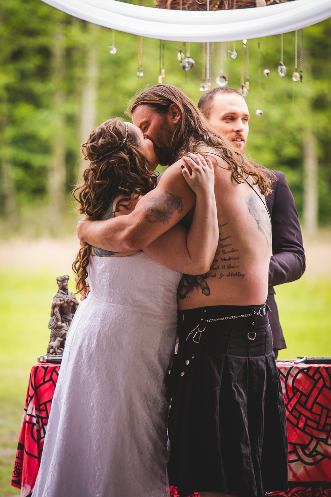 First Kiss, Viking Wedding By Captured By Katie Photography, Bonney Lake Photographer