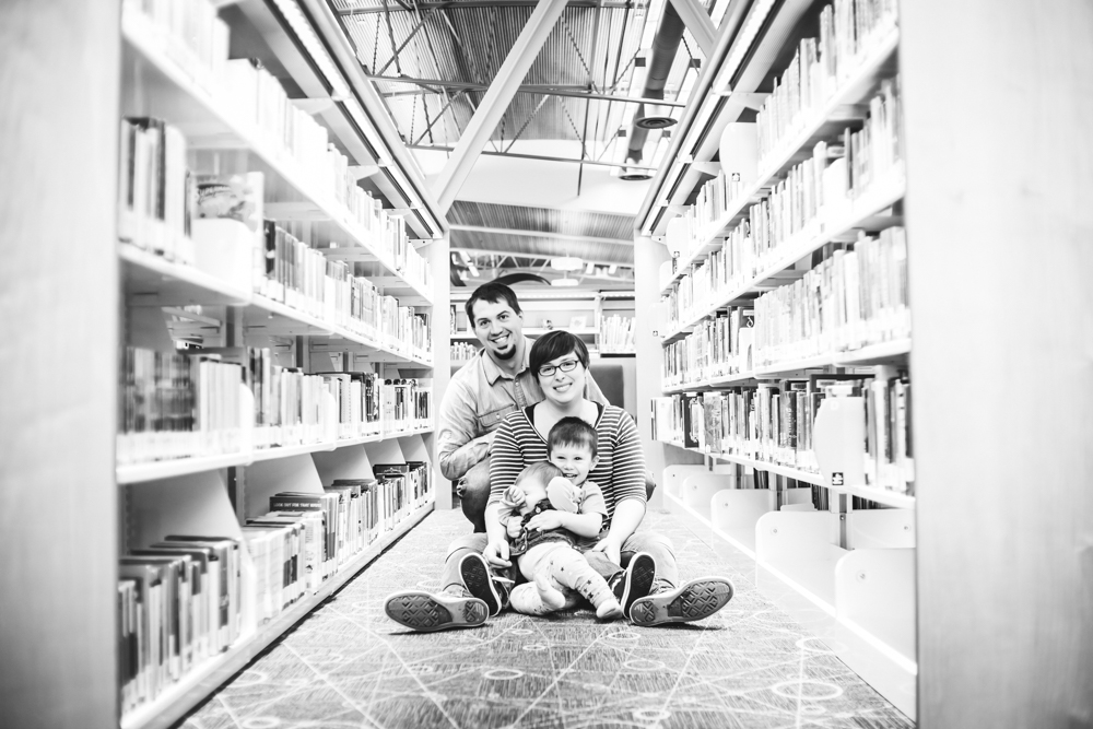 Family Time At The Library By Captured By Katie Photography, Bonney Lake Photographer