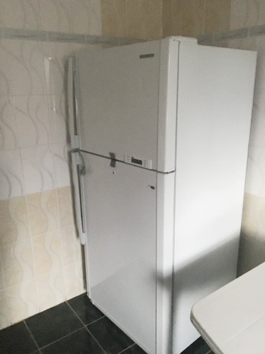 So another rarity—a HUGE fridge! Seriously, most of the fridges are teeny tiny and also don't come with the apartment. I'll probably miss this thing the most and be sad to see what we can buy with our budget.