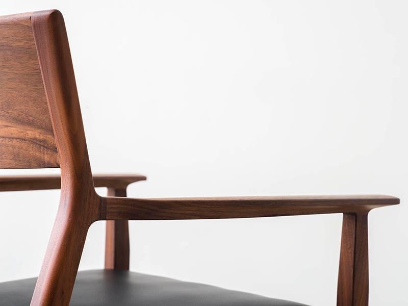 armrest chair 2.jpg