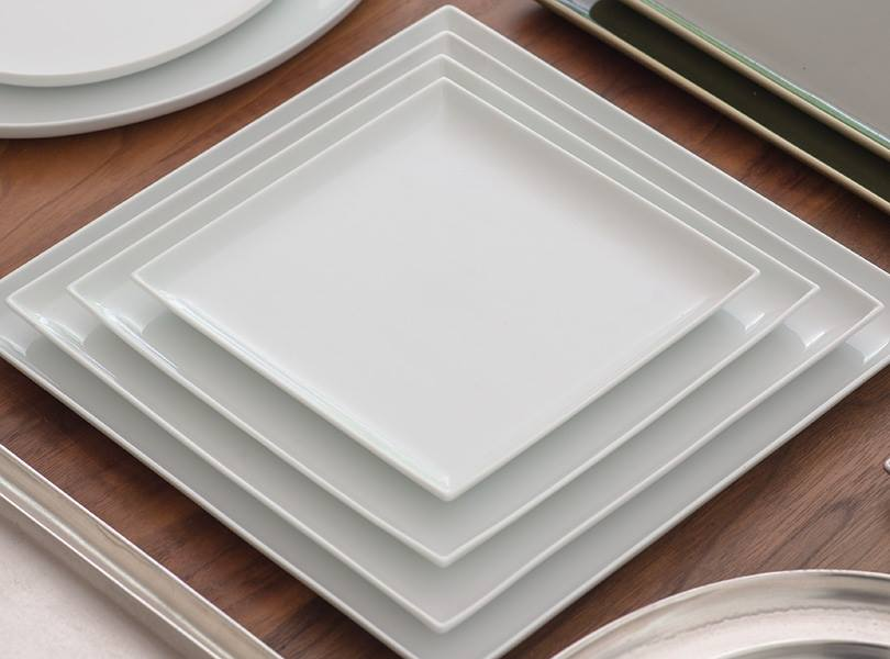 white plates.jpg