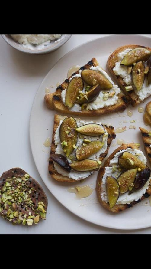fig+bread+2.jpg