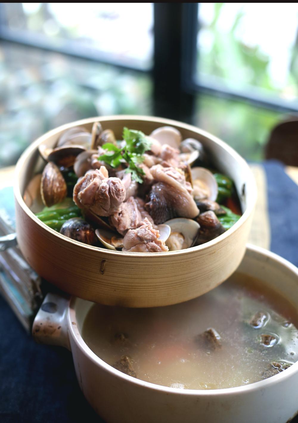 蔬菜蒸滑雞湯