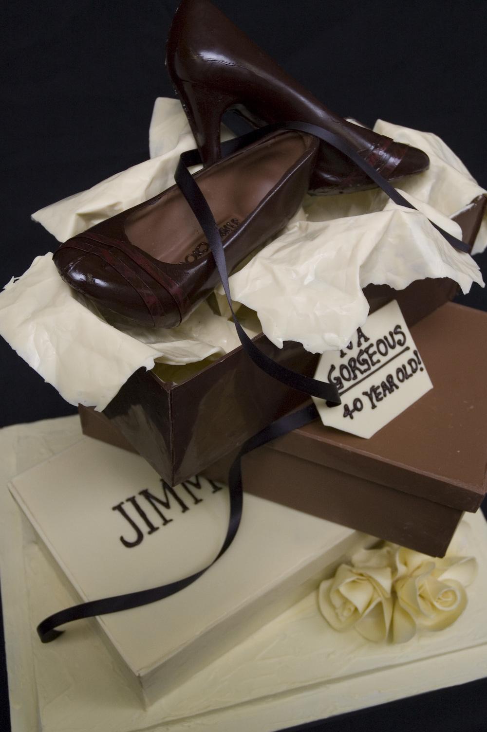 Jimmy Choo Cake sm 02.jpg