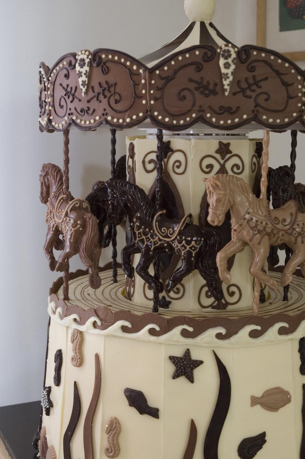 shebakes_chocolate_carousel_01.jpg