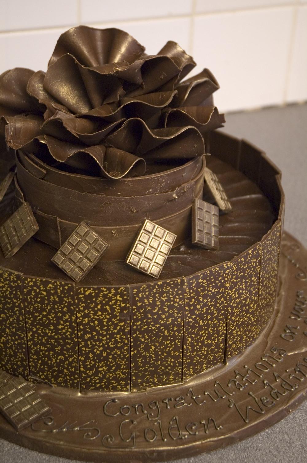 shebakes_golden wedding anniversary chocolate cake01.jpg