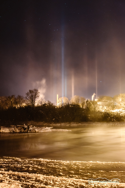 Graudons-LightPillars.jpg