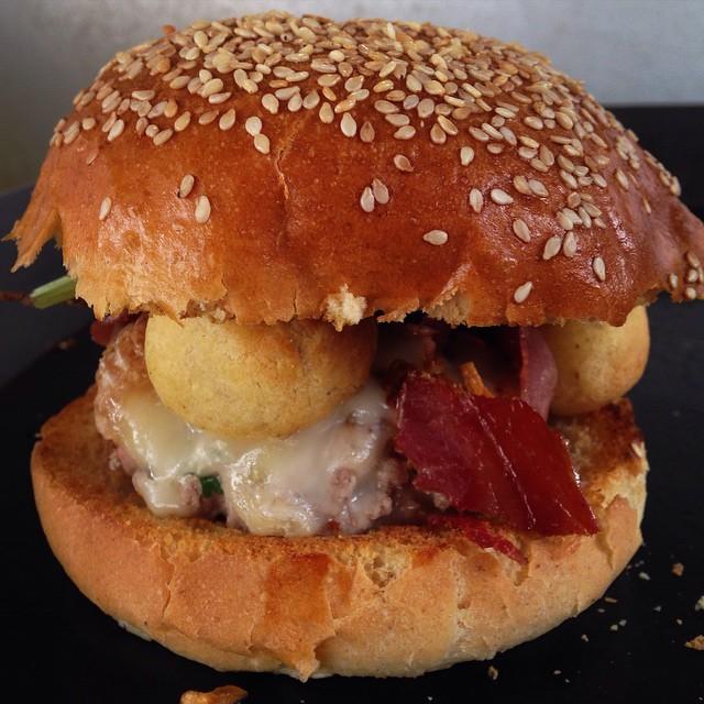 Burger-bio-Shy.jpg