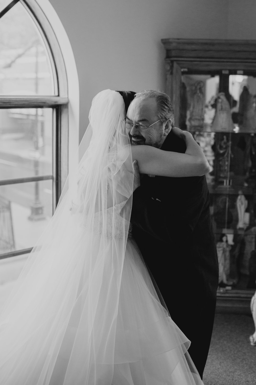 Detroit_Wedding_Photographer_19.jpg