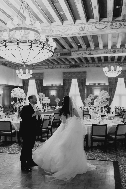 Detroit_Wedding_Photographer_61.jpg