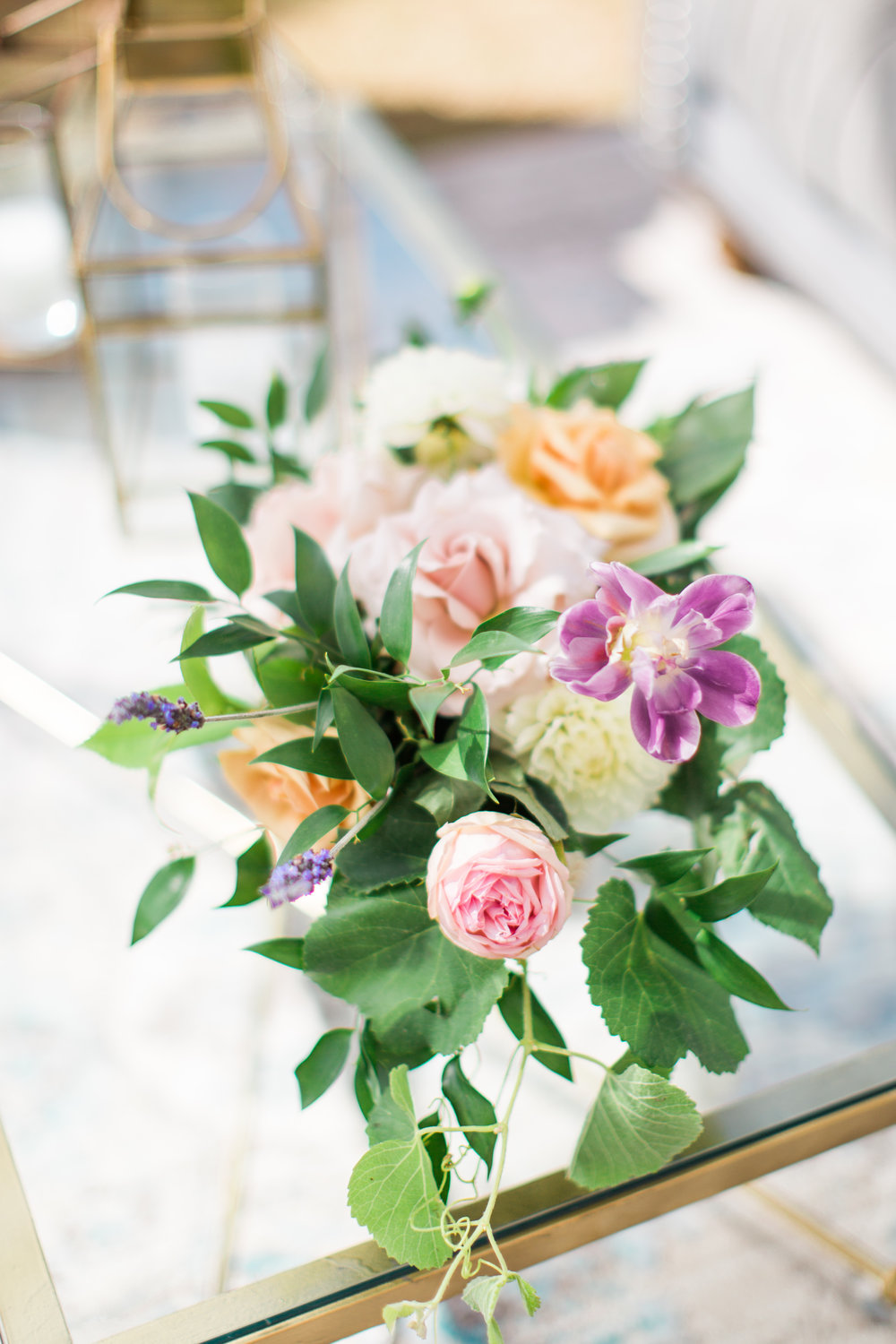 Blooms-breesa-lee-luxury-florist-aga-jones-tres-chic-affairs-san-diego-wedding-classic-coast-catering-33).jpg