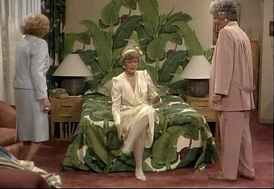 Blanche does love her banana leaves (Photo:  The Original Beverly Hills Wallpaper )