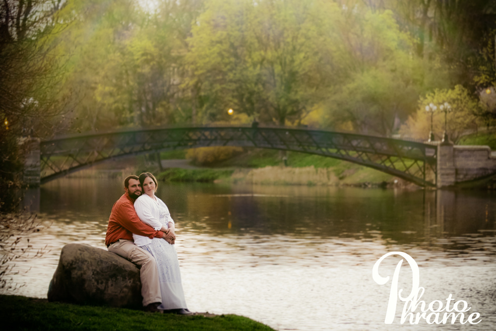 Engagement Session in Washington Park, Albany NY, Photo Phrame Photography.