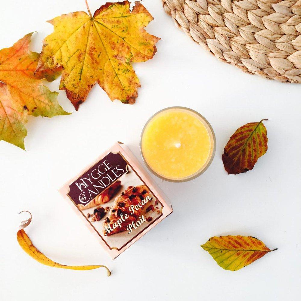 fall_tag_hygge_candles_maple_cinnamon.jpg