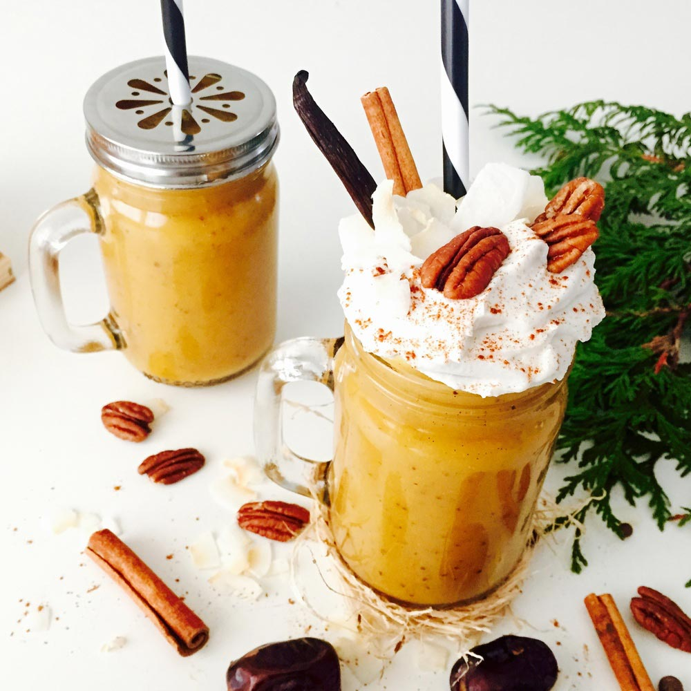 Beauty_and_the_nature_pumpkin_spice_halloween_vegan_smoothie.jpg
