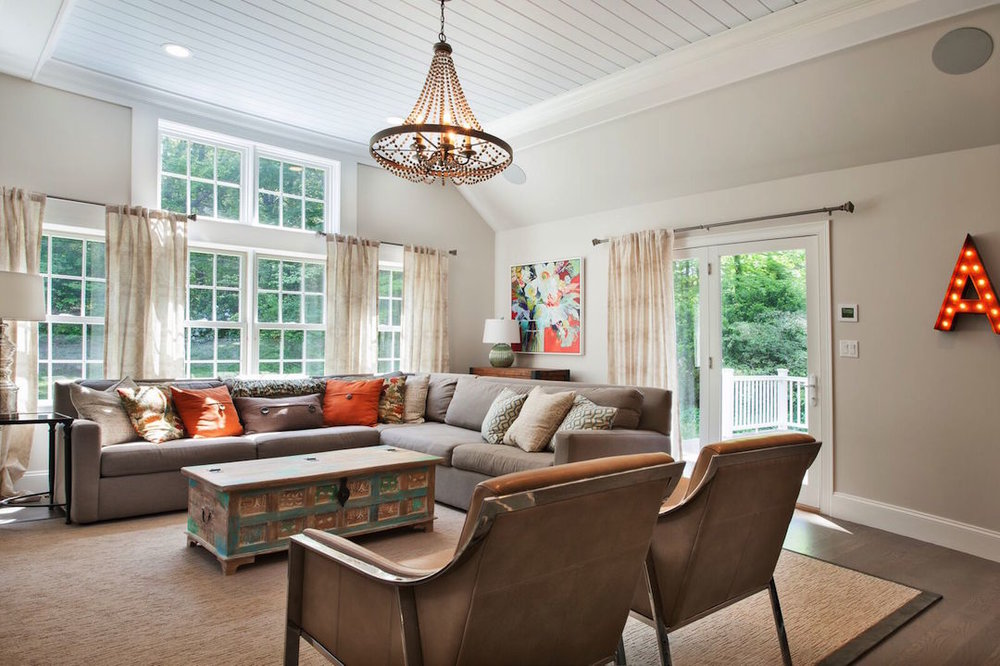DATED ANDOVER COLONIAL REFRESHED WITH RUSTIC ELEGANCE