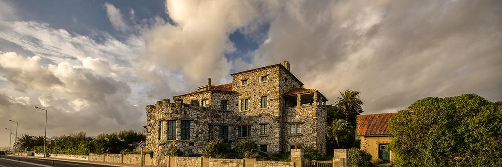 Estoril sightseeing with Cascais photo tour - Rock House