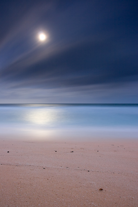 """Pipeline by Moonlight"""