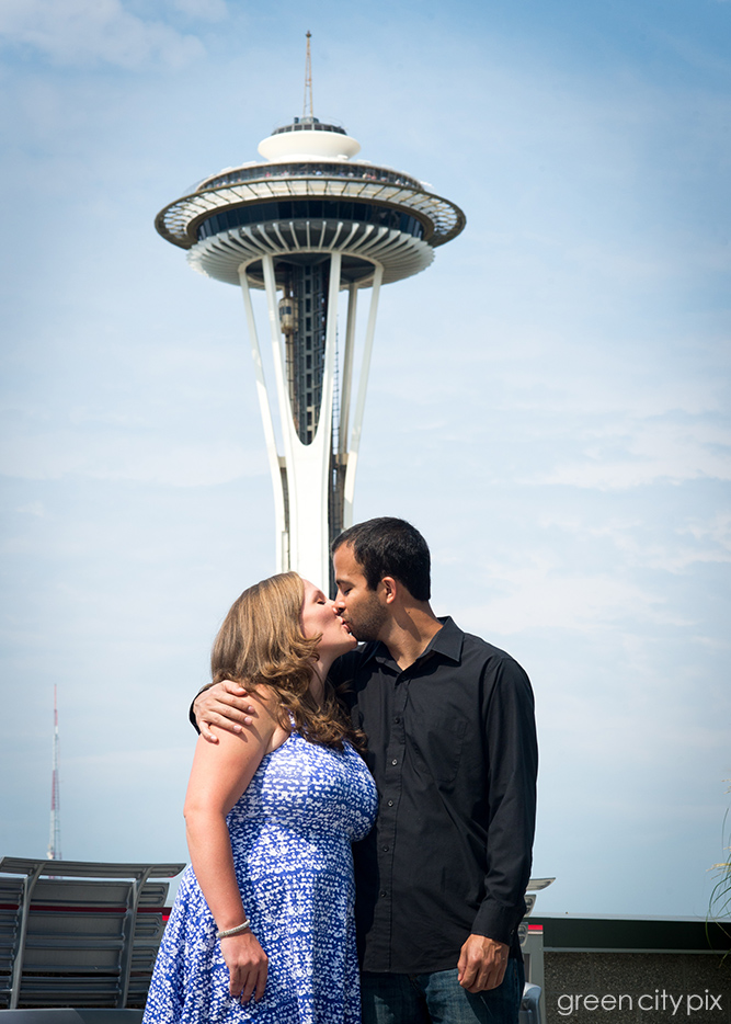 These two fell in love in New York, but their hearts remain in Seattle!  (At least the bride's does, as her family lives here.)