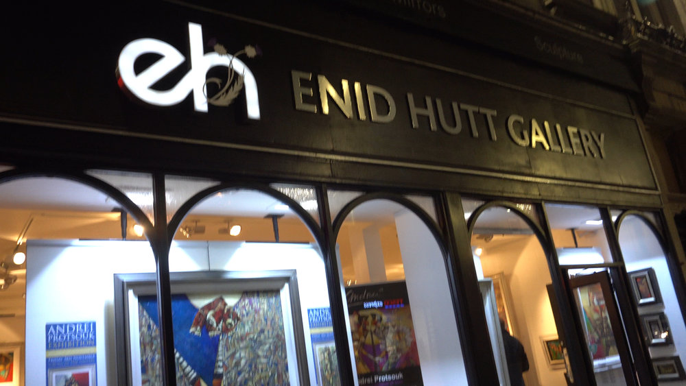 Enid Hutt Entrance Decorated with Andrei Originals