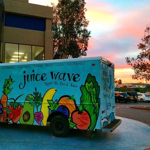 Come ride the wave with us @24hourfitness in Miramar! 🛩 We will be here till 6:30pm #iworkout #organicjuicetruck #cleanses #juicetasting #juicetruck #