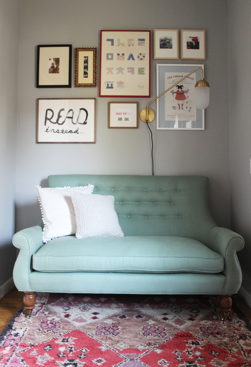 This Room Just Makes Me Happy And Seriously Want To Crawl Into Settee Read The Client Will Add Gallery Wall