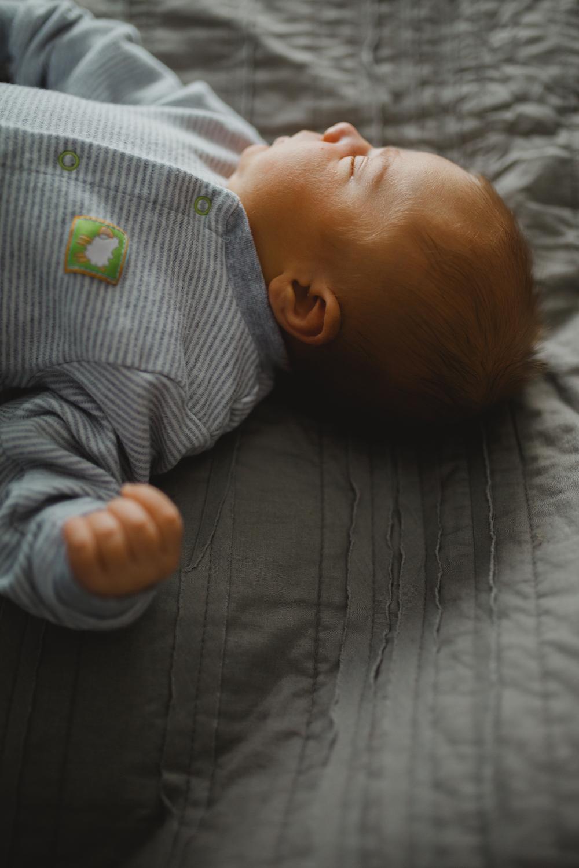 Corbin_Newborn-030.jpg