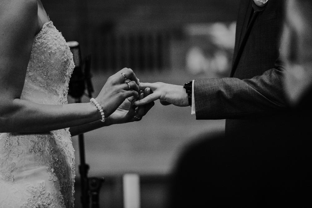 Lloydminster Wedding Photographer-024.jpg