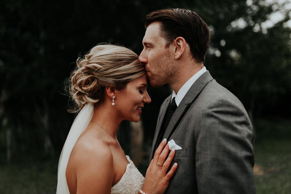 Lloydminster Wedding Photographer-038.jpg