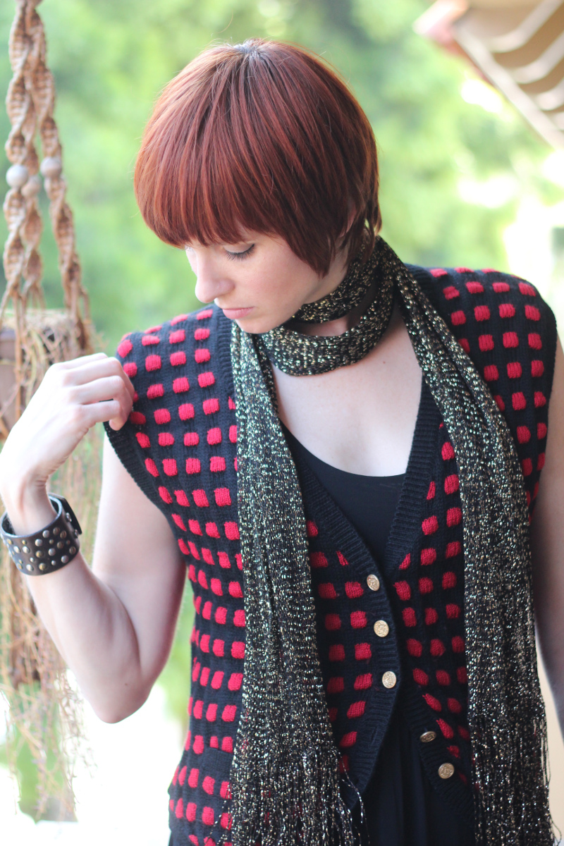 red checkered vest gold scarf_3.jpg