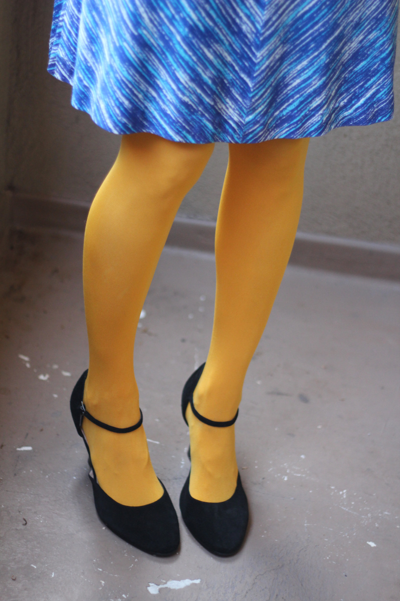 blue dress yellow tights_3.jpg