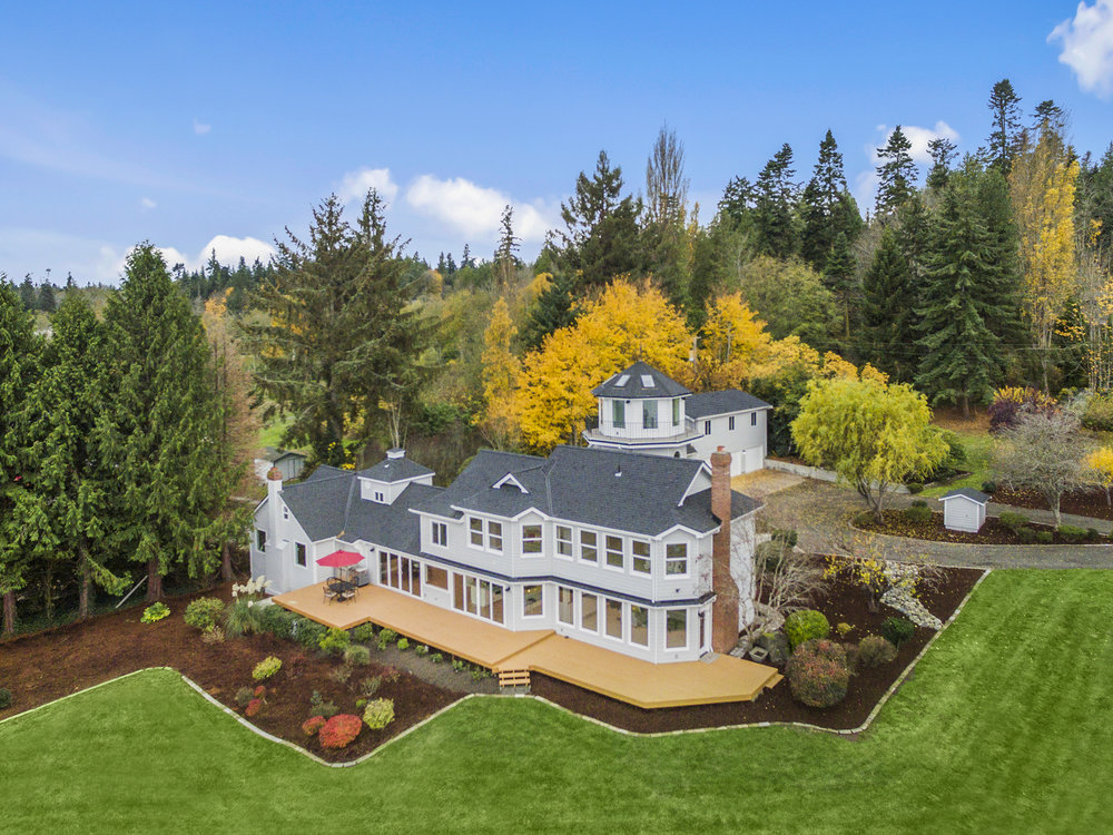 Beautiful home in Kingston WA