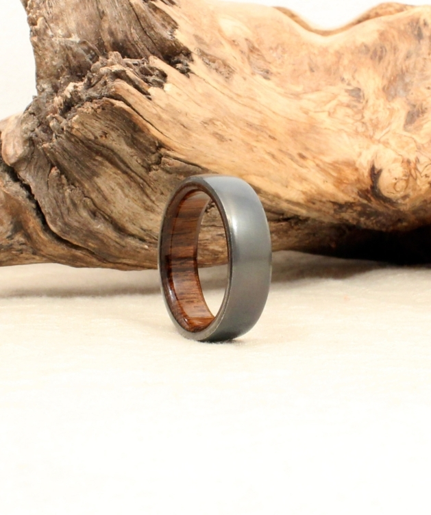 blackbird-titanium-deck-teak-wood-ring-wedgewood.jpg
