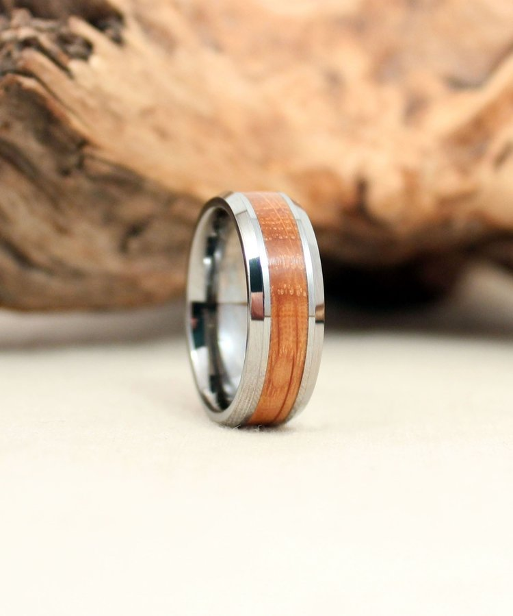 tungsten-bourbon-barrel-wooden-ring-wedgewood.jpg