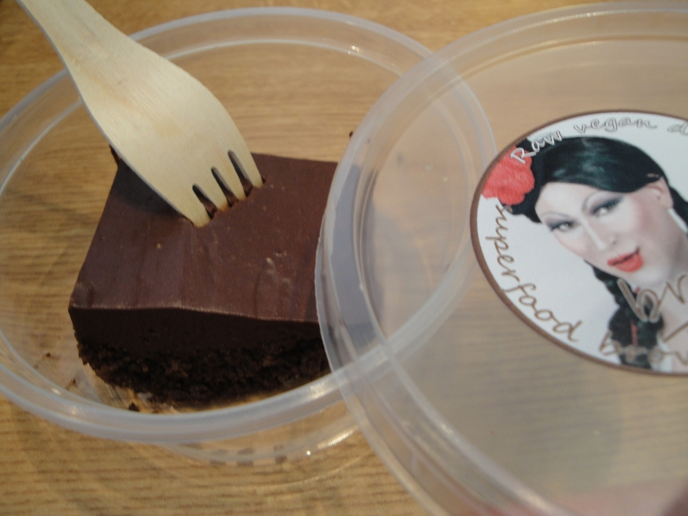 Raw vegan brownie- hello drag queen ;)