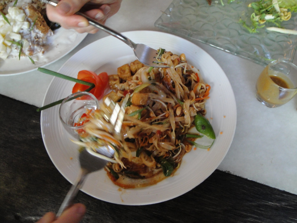 Vegan Pad Thai @ Clear Cafe.