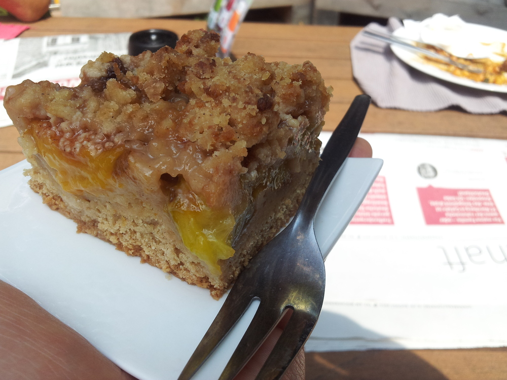 Perfect fluffiness, sweetness, moistness and umph this vegan plum cake offered me at the Kantine