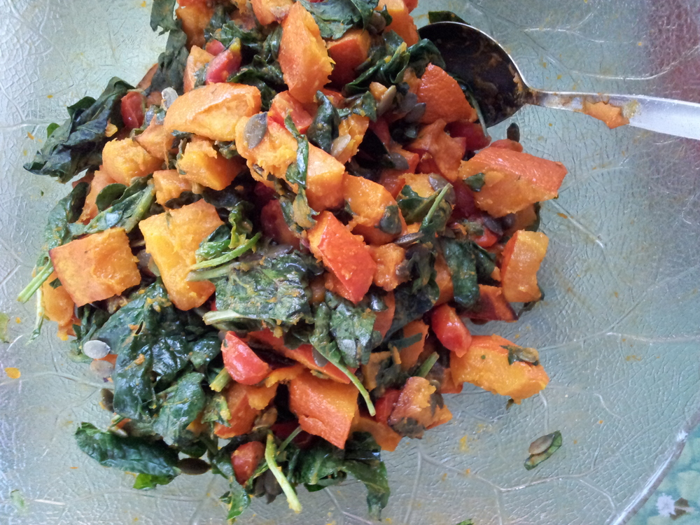 Pumpkin spinach salad with cherry tomatoes