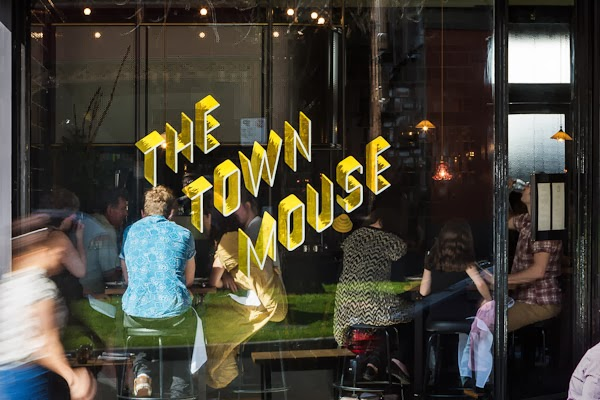 Sarah_Anderson_Photography_The_Town_Mouse