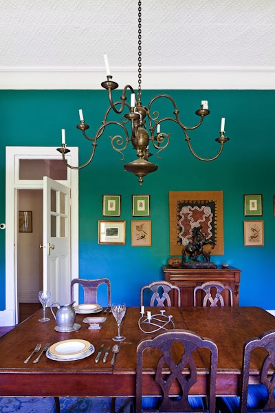 Barham_Avocados_Sarah_Anderson_Victoria_Dining_Room_Interor_chandalier_place_setting
