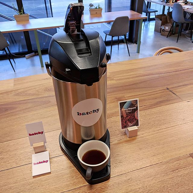9am 🕘Pot of @5sensescoffee Ecuador offering clean, crisp acidity and a warm honey finish. FREE Tasting today @worksmith.io