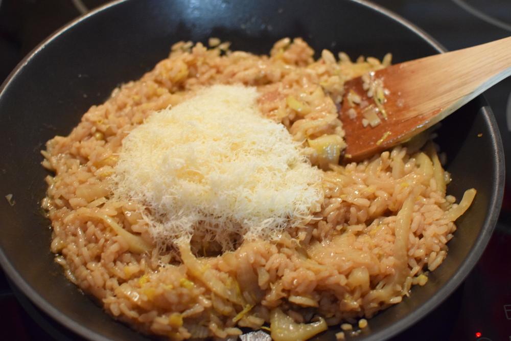 vmíchejte sýr a máte hotovo :)