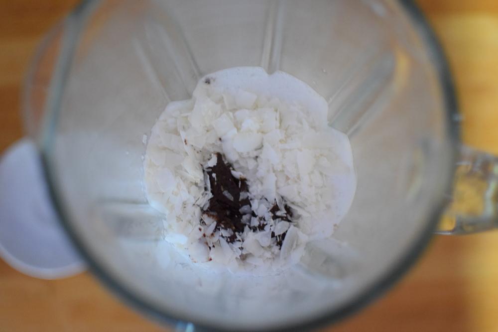 nezapomeňte přidat kokosové lupínky nebo strouhaný kokos